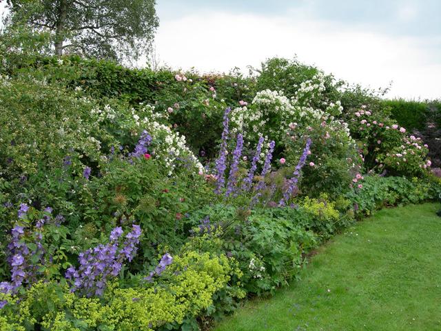 The Romantic Garden English Country Garden Garden Designers